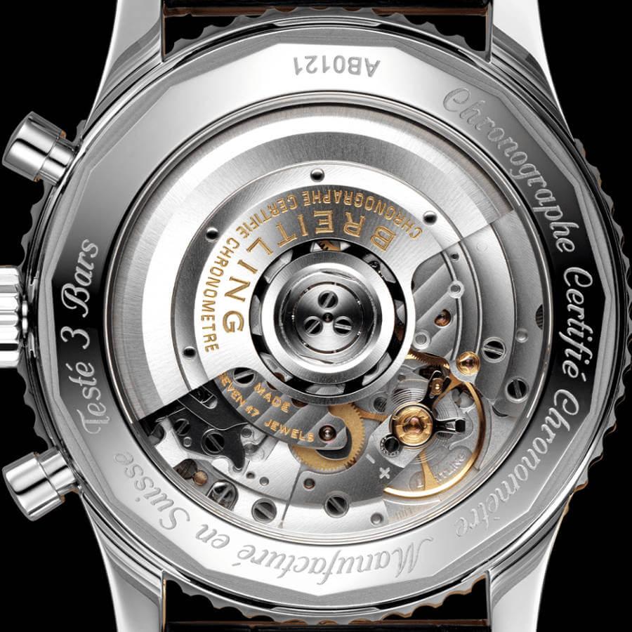 breitling-navitimer-chronograph-43-ab0121211b1p2-boden