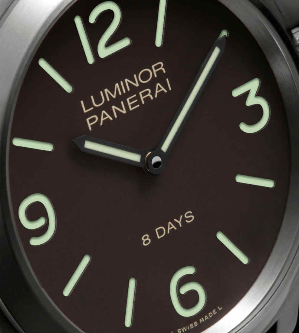 panerai-luminor-base-pam00562-zifferblatt