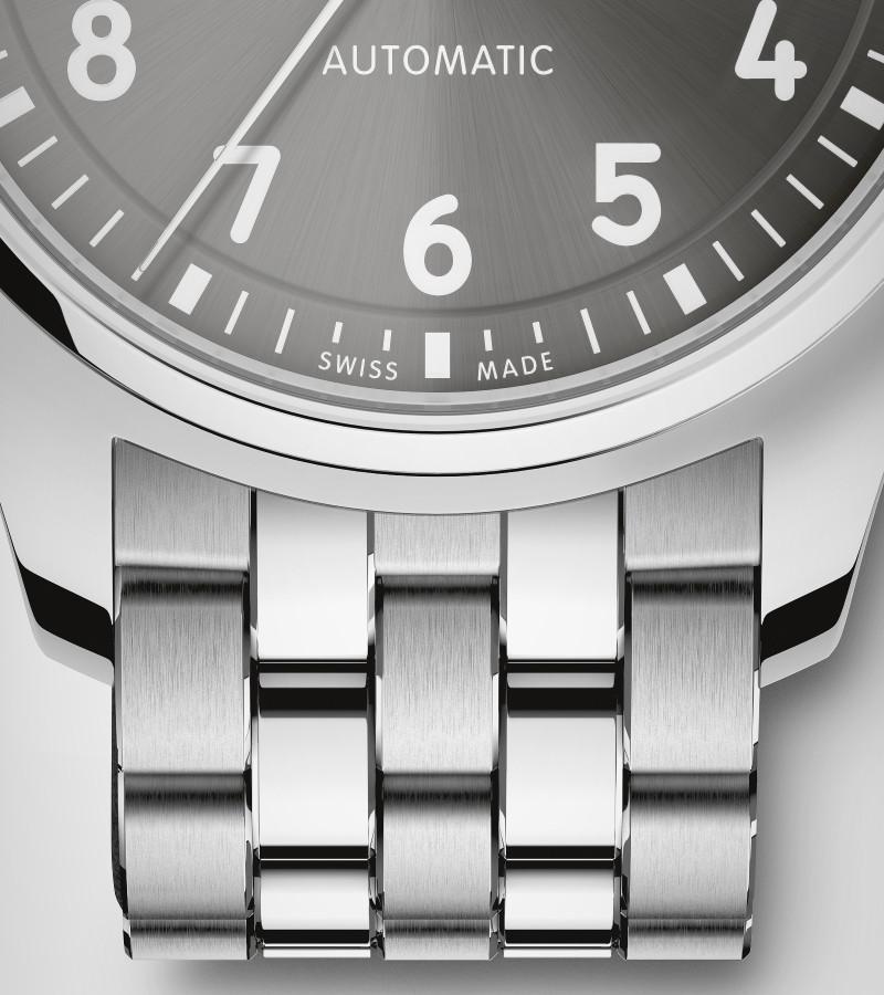 iwc-pilots-watch-36-iw324002-armband