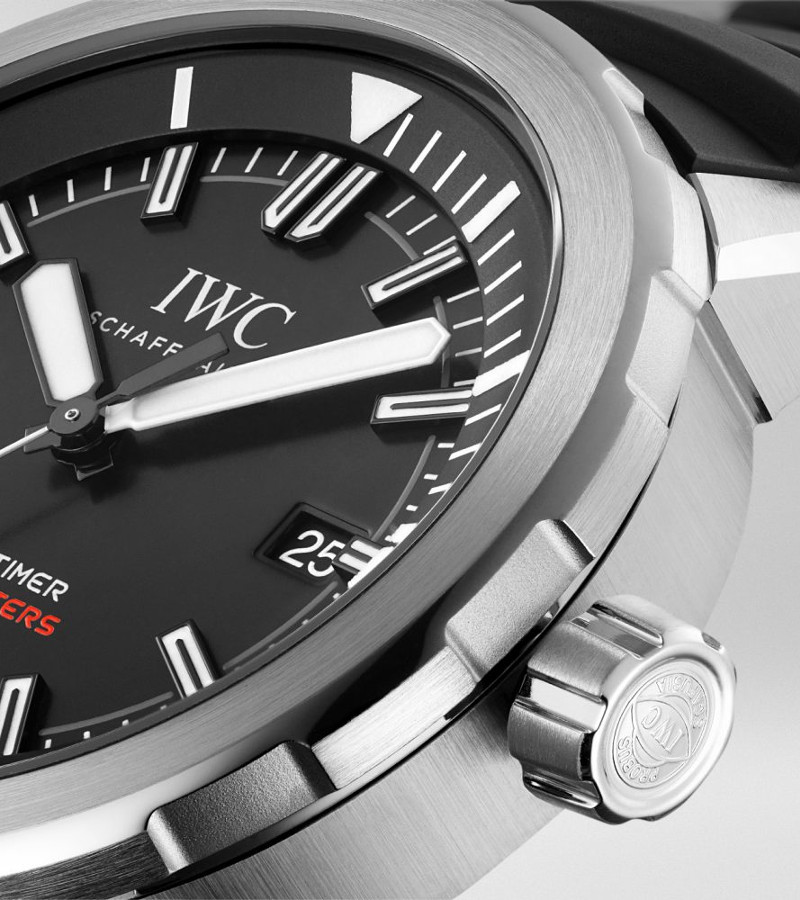 iwc-aquatimer-automatic-2000-iw329101-gehaeuse2