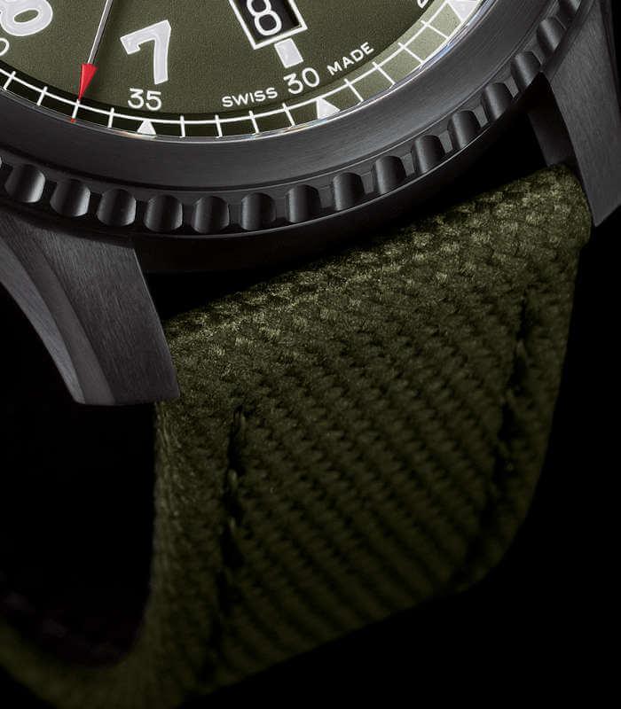 breitling-aviator-8-automatic-m173152a1l1x1-armband