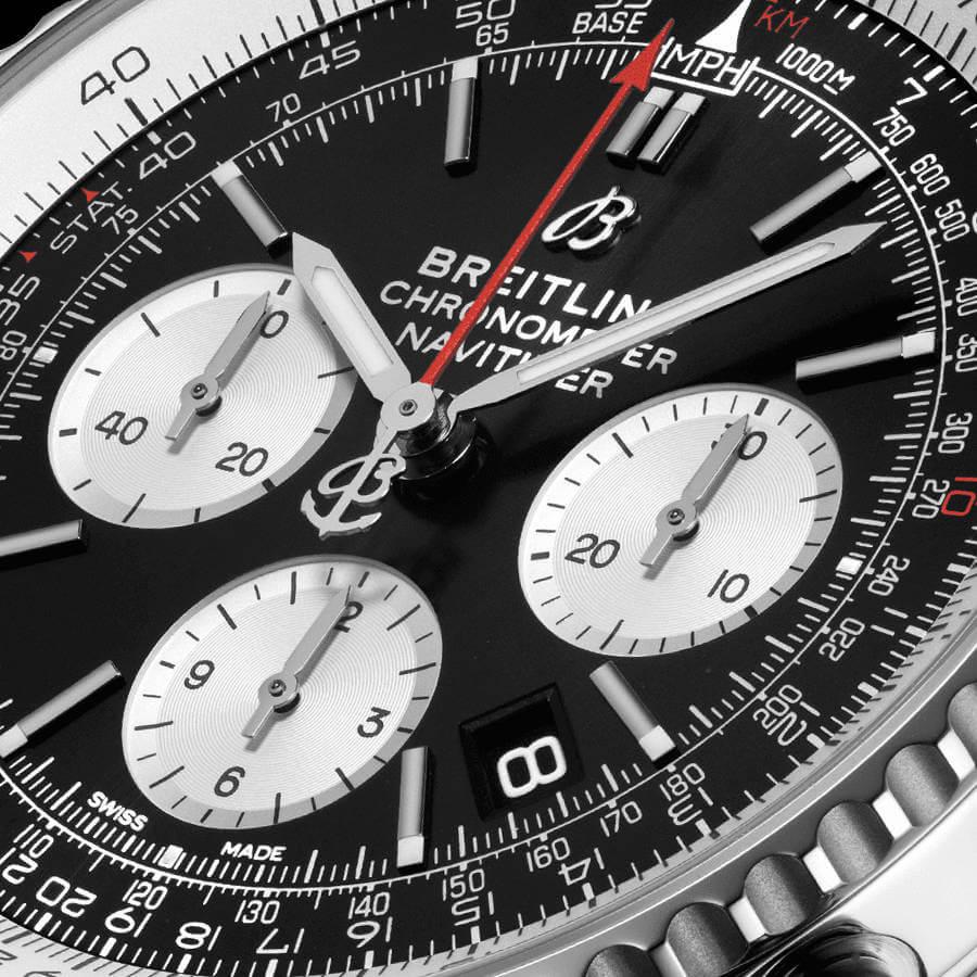 breitling-navitimer-chronograph-43-ab0121211b1p2-zifferblatt