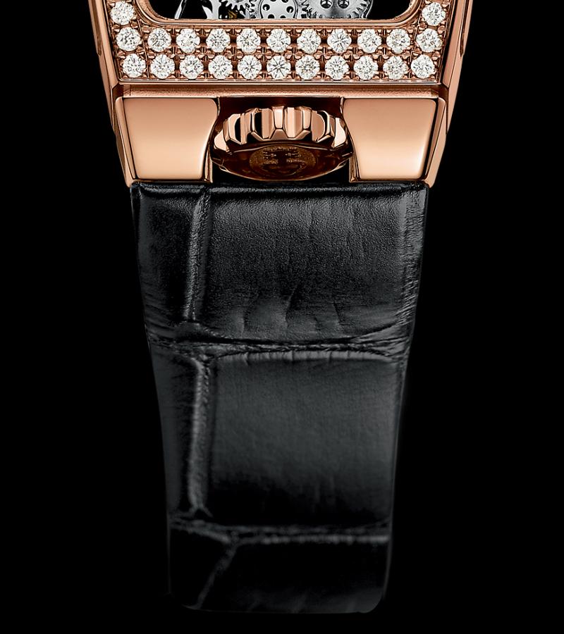 corum-miss-golden-bridge-b113-00824-armband