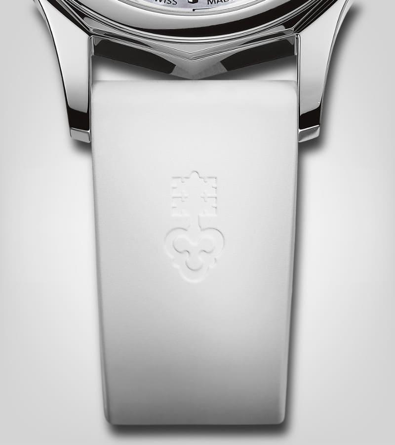 corum-admiral-legend-32-a400-02853-armband