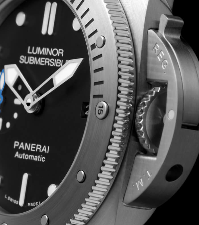 panerai-luminor-submersible-1950-pam00682-gehaeuse