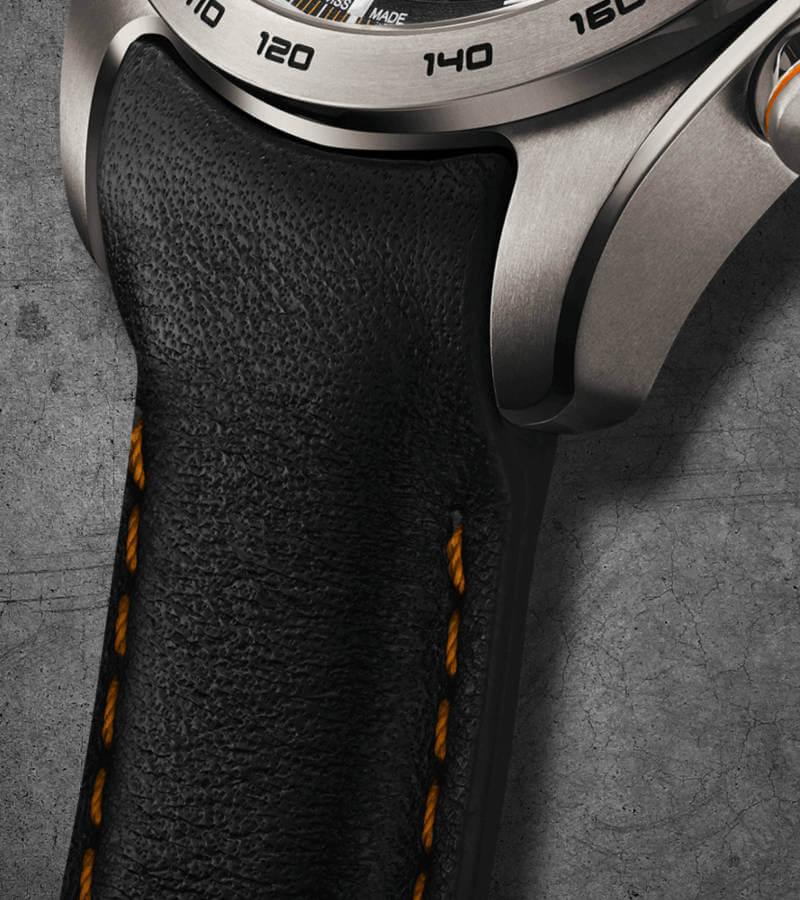 porsche-design-chronotimer-tangerine-6010110007062-armband