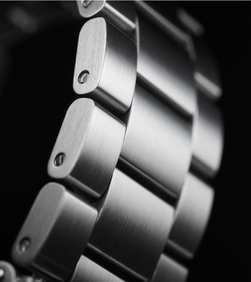 tag-heuer-formula-1-chronograph-caz2012-ba0876-armband