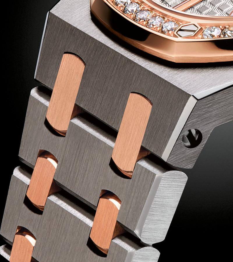 ap-royal-oak-quarz-67651sr-zz-1261sr-01-armband