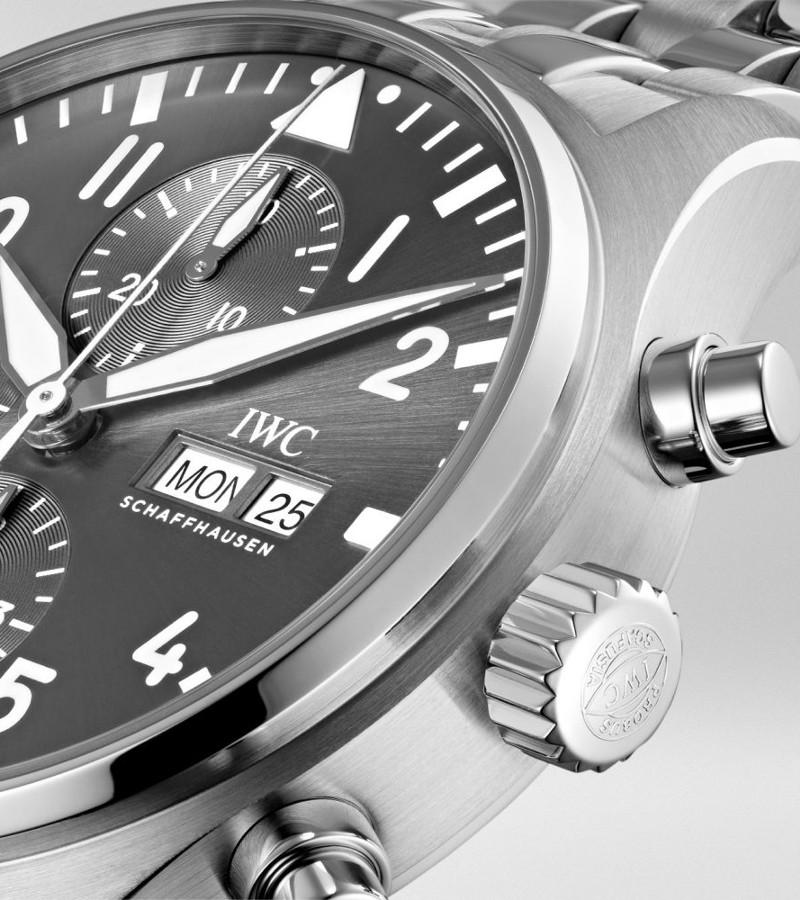 iwc-pilots-watch-spitfire-iw377719-gehaeuse