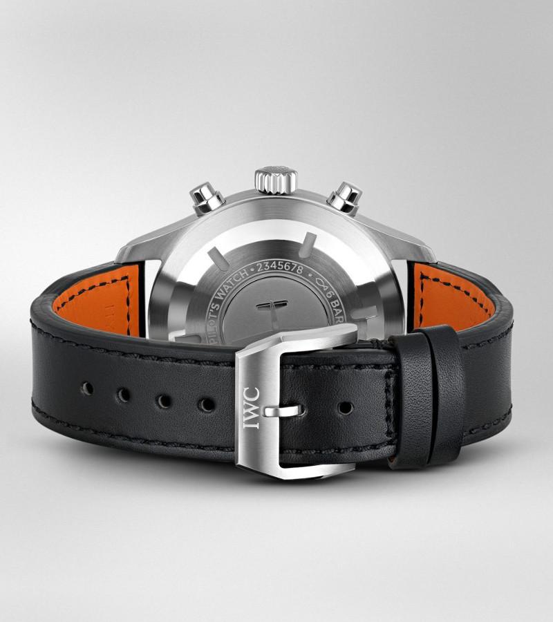 iwc-pilots-watch-chronograph-iw377709-armband