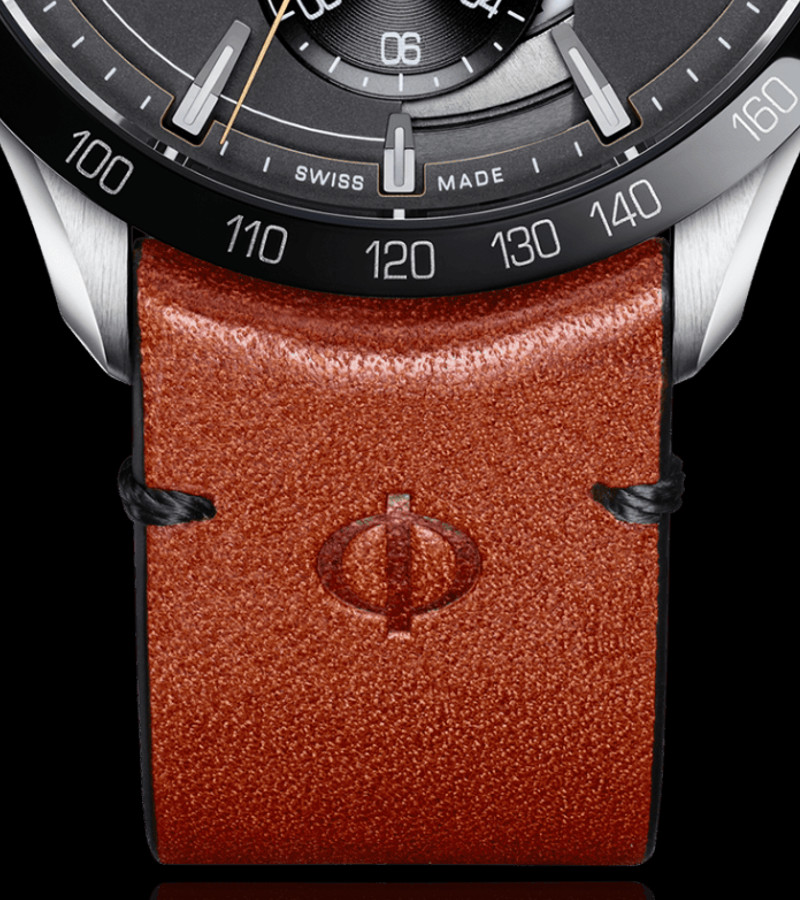 baume-mercier-clifton-club-indian-scout-10402-armband